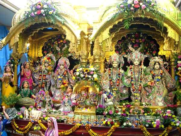 Happy Krishna Janmashtami 2017 Mathura Live Pictures