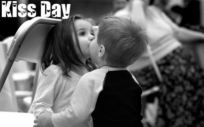 Kiss Day Images for Girlfriend & Boyfriend