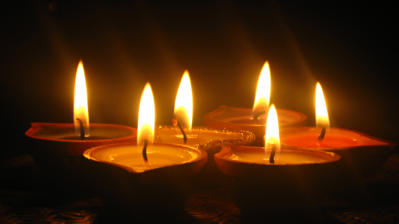 Diwali Story Candle
