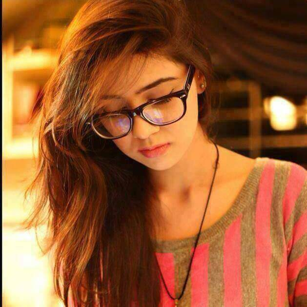 Stylish Girl DP for FB